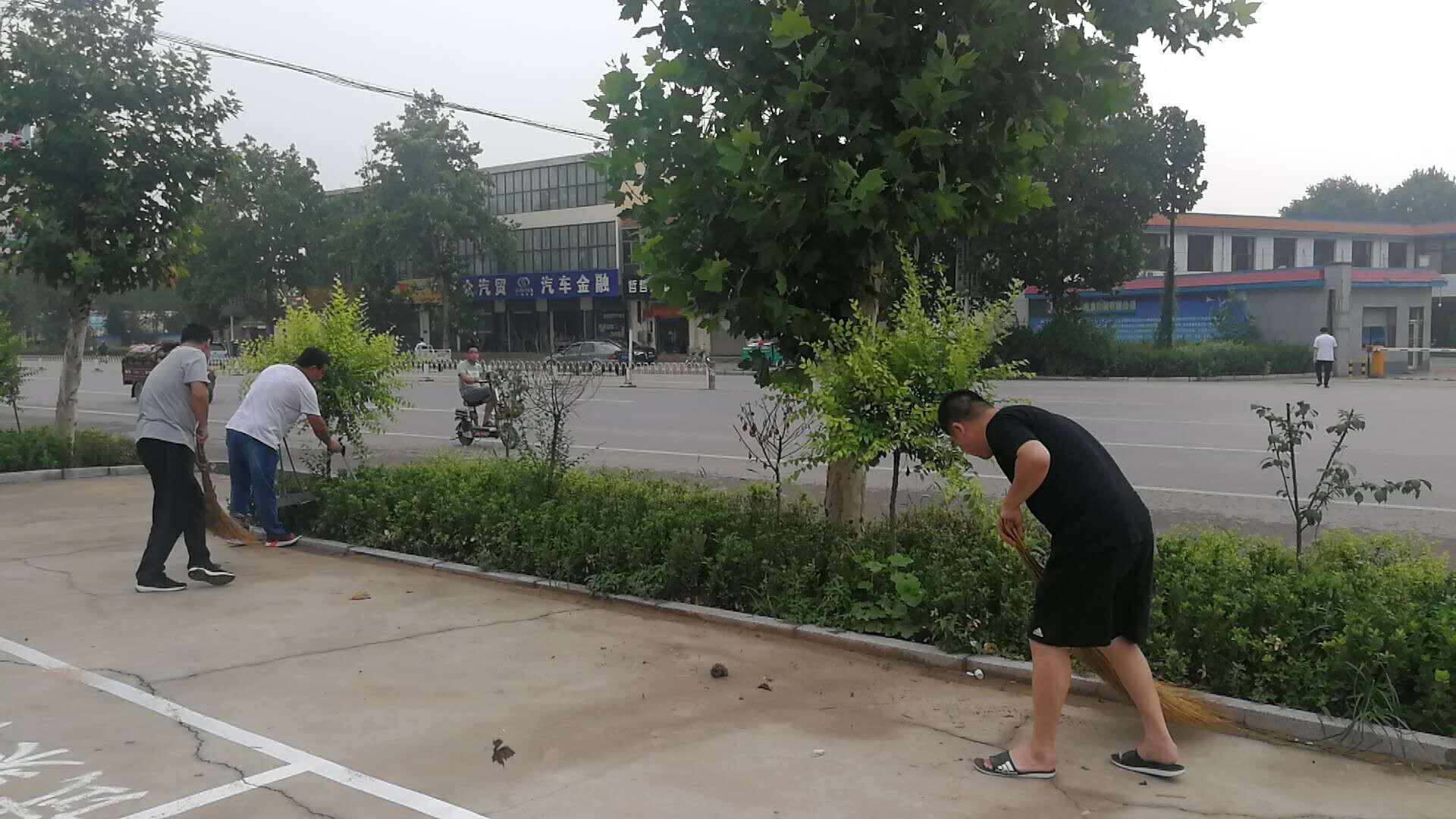 赵县交通局继续开展国省干线卫生清扫工作